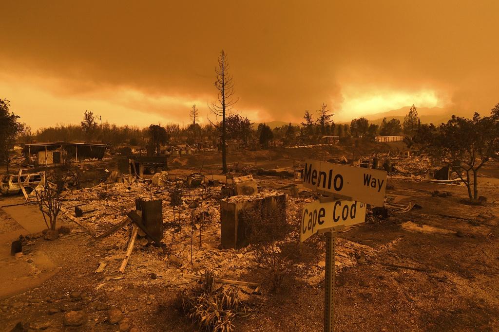 Carr Fire Map: Redding Evacuations Lifted - Redding California Fire Map