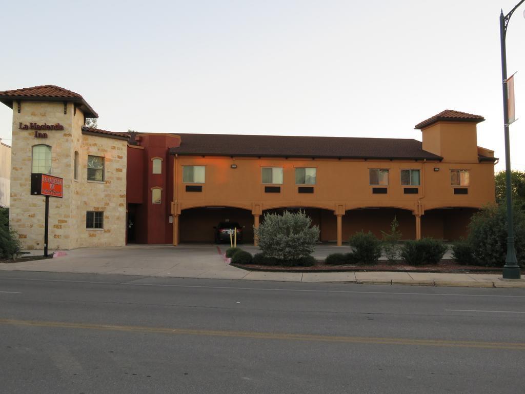 La Hacienda Inn, San Antonio, Tx - Booking - Map Of Hotels In San Antonio Texas