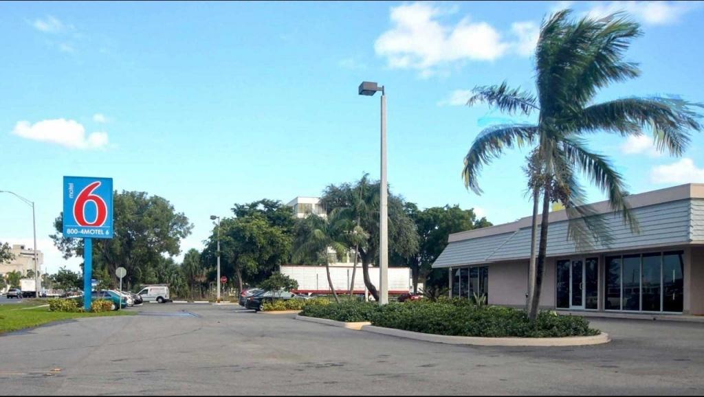 Motel 6 Miami Fl Hotel In Miami Fl ($64+) | Motel6 - Motel 6 Florida Map