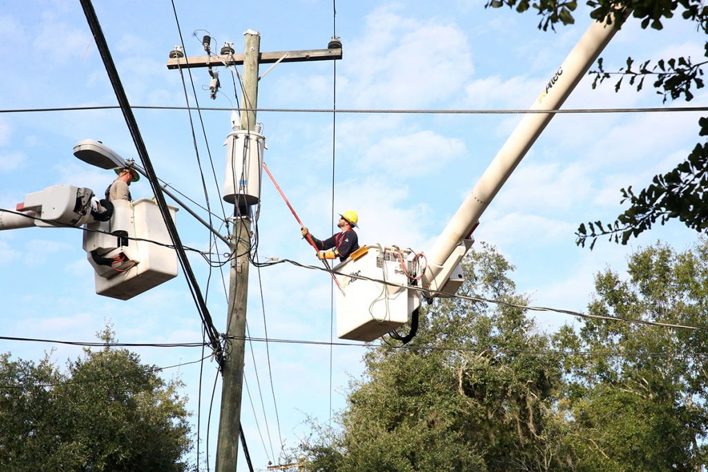 Tracking The Pace Of Power Restoration In Florida After Hurricane - Florida Public Utilities Power Outage Map